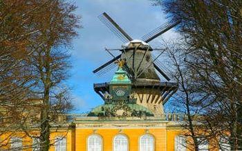 Alte Mühle im Park Sanssouci