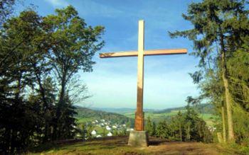Ortsteil Dreislar - hinter dem Kreuz