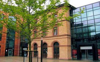 Bahnhof Römisches Theater