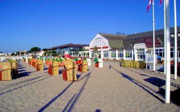 Strandpromenade und Seebrücke