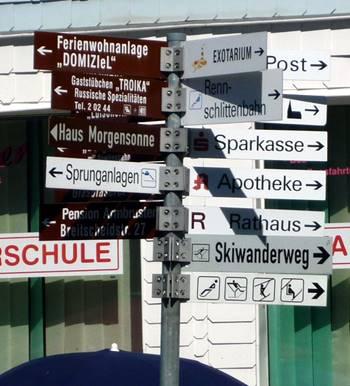 Hinweisschilder in Oberhof