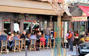Kaffee in Paris