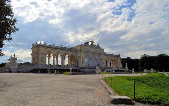 Wien - die Gloriette im Schlosspark